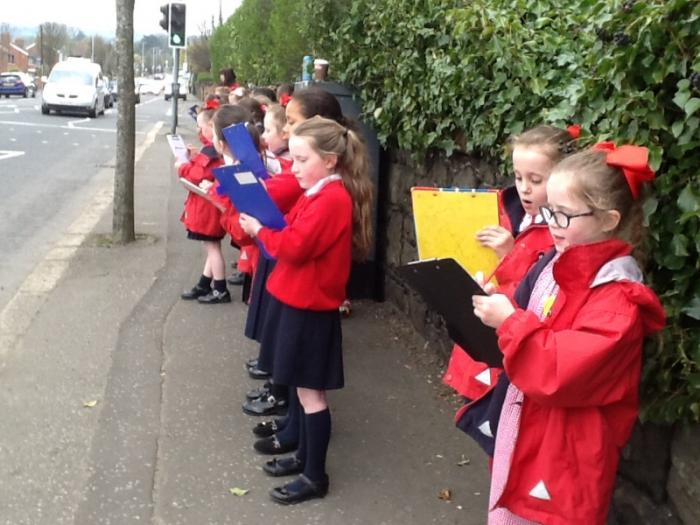 We kept a tally of all the vehicles that passed us on the Crumlin Road.