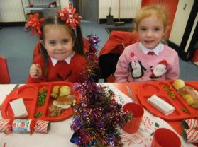 Primary One Enjoy Their First School Christmas Dinner