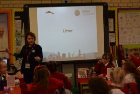 Litter Talk and Walk in P5
